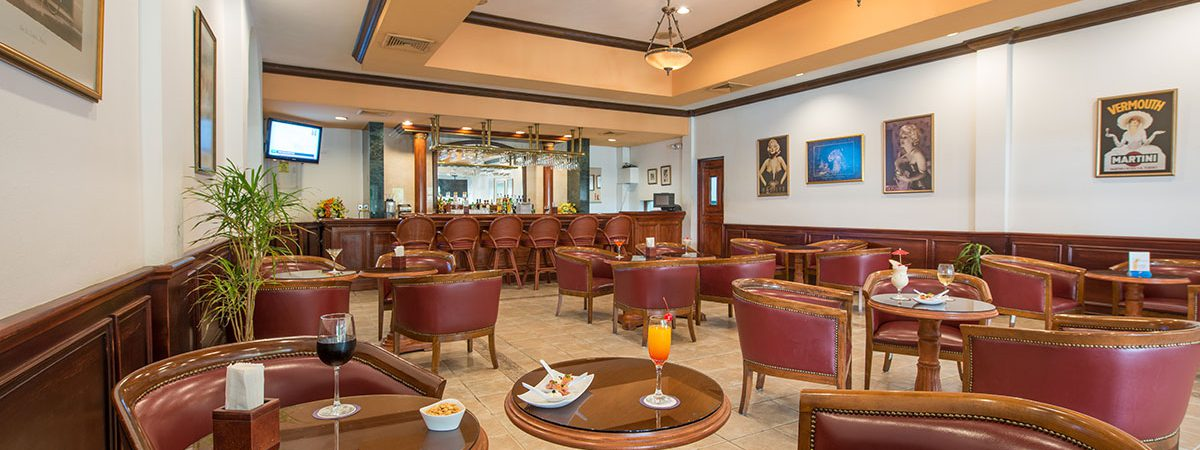 Hotel Camino Real. Lobby Bar